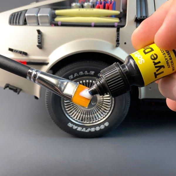 Loading Model Tyre Dressing onto application brush