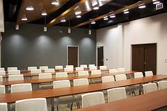 6450087741_a76d64ec43_m_training-room