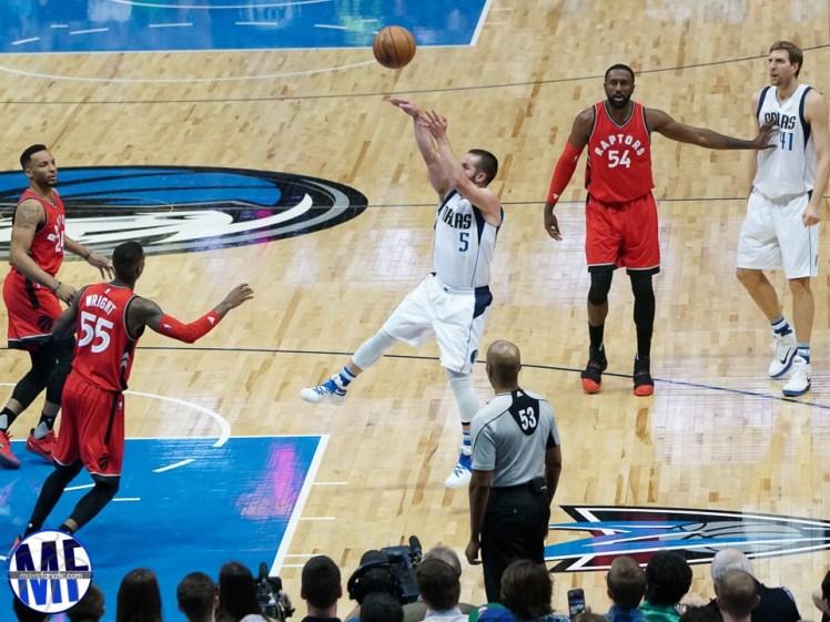 Mavs-vs-Raptors-37-of-49