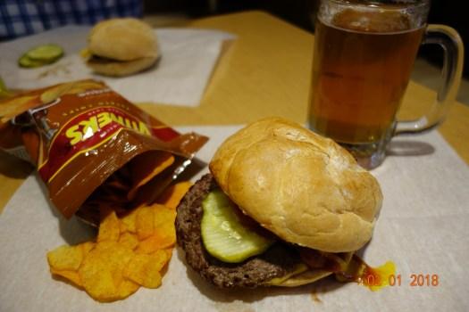 burger at billy goat