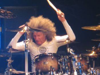Tommy Aldridge Whitesnake 2015