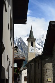 Courmayeur at noon meant plenty of time for lunch and to peel off another long segment in the afternoon...if the threatening thunderstorms don't move in.