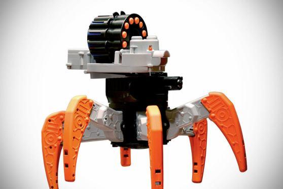NERF Combat Creature RC Robot   SHOUTS