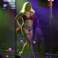 Stormy Daniels stripping performance cut short after drunkard throws wallet at her