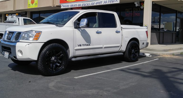 "2012 Nissan Titan - Installed 2 1/2"" leveling kit - Ready Lift in front, 20X9 Fuel Pump Rims with 275/60R20(33"") Toyo Open Country"