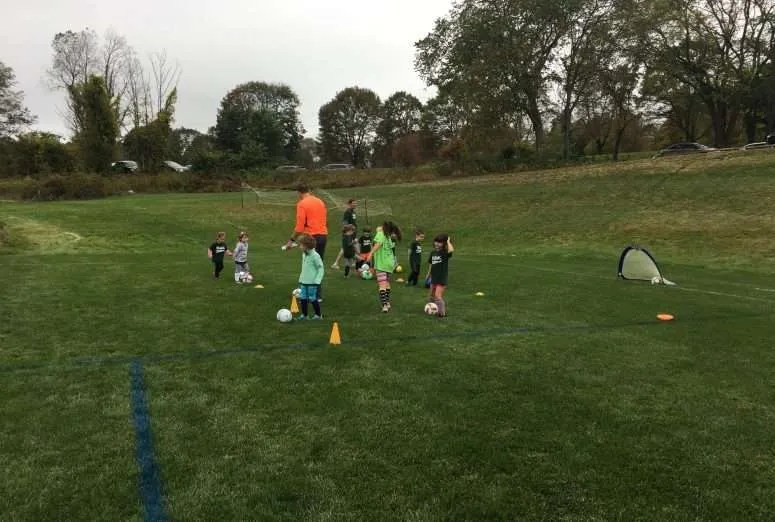 U6 pee-wee soccer drills activities games