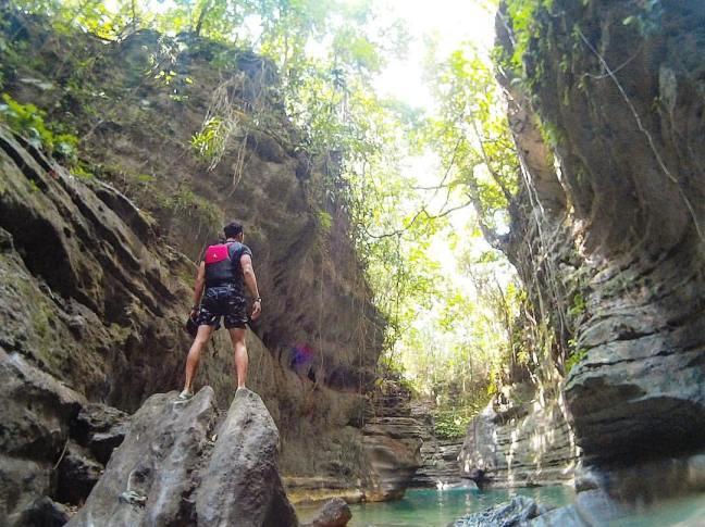 Kawasan Falls cebu