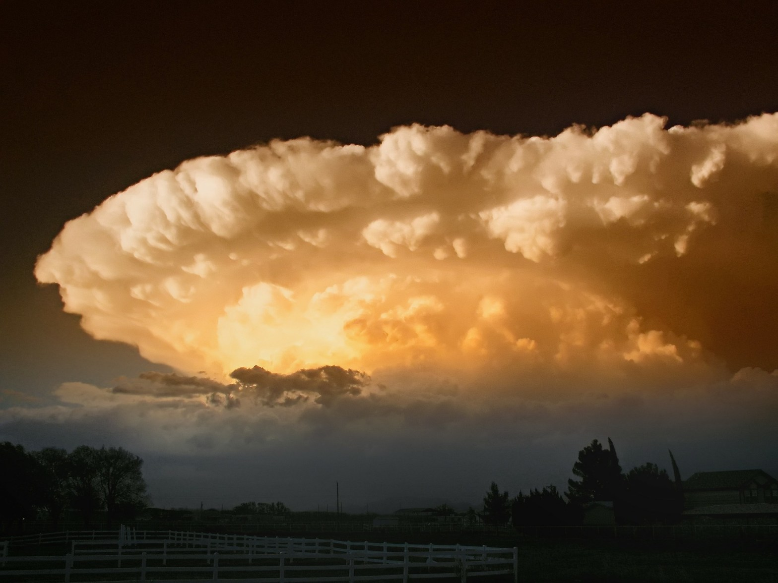 A supercell thunderstorm