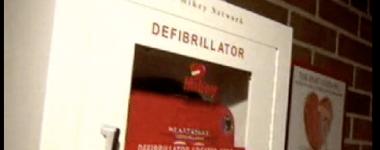 MIKEY defibrilator