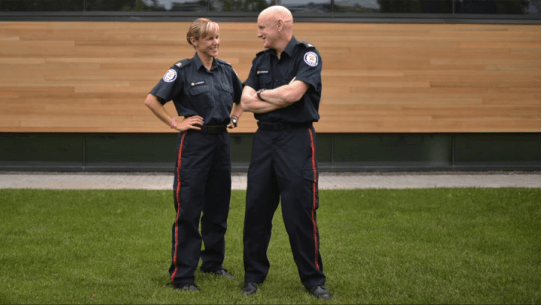 toronto police officer saved with defibrillator
