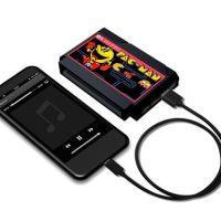 カセットそのまんまの形が最高!『パックマン』ファミカセ型モバイルバッテリーが発売に!