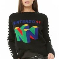 チェッカー柄のスリーブがおしゃれ!FOREVER21にて、NINTENDO64ロゴのセーターが発売に!