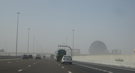 Estrada de Dubai a Abu Dhabi