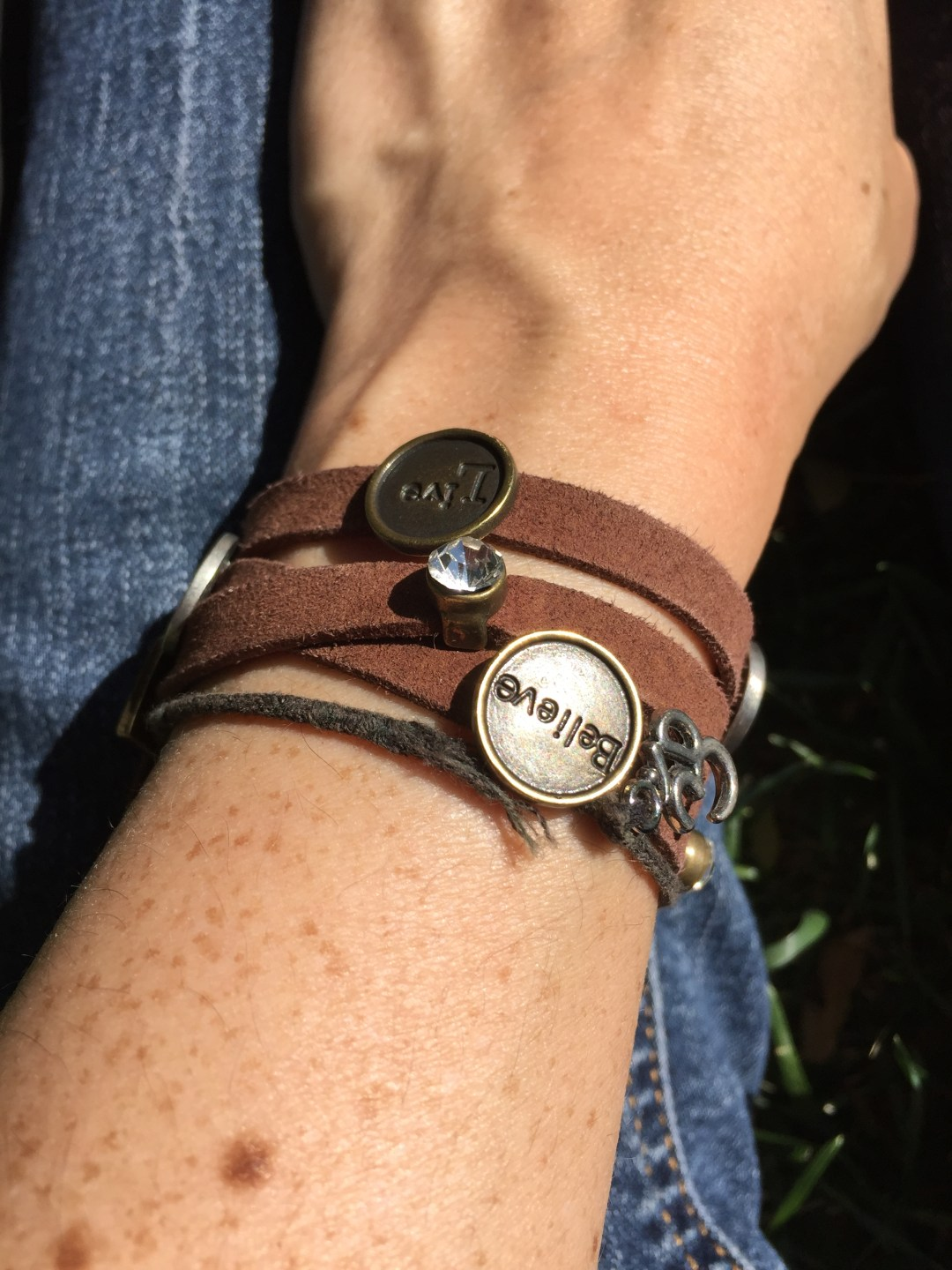 Leather charm bracelet - Believe, Live - Om