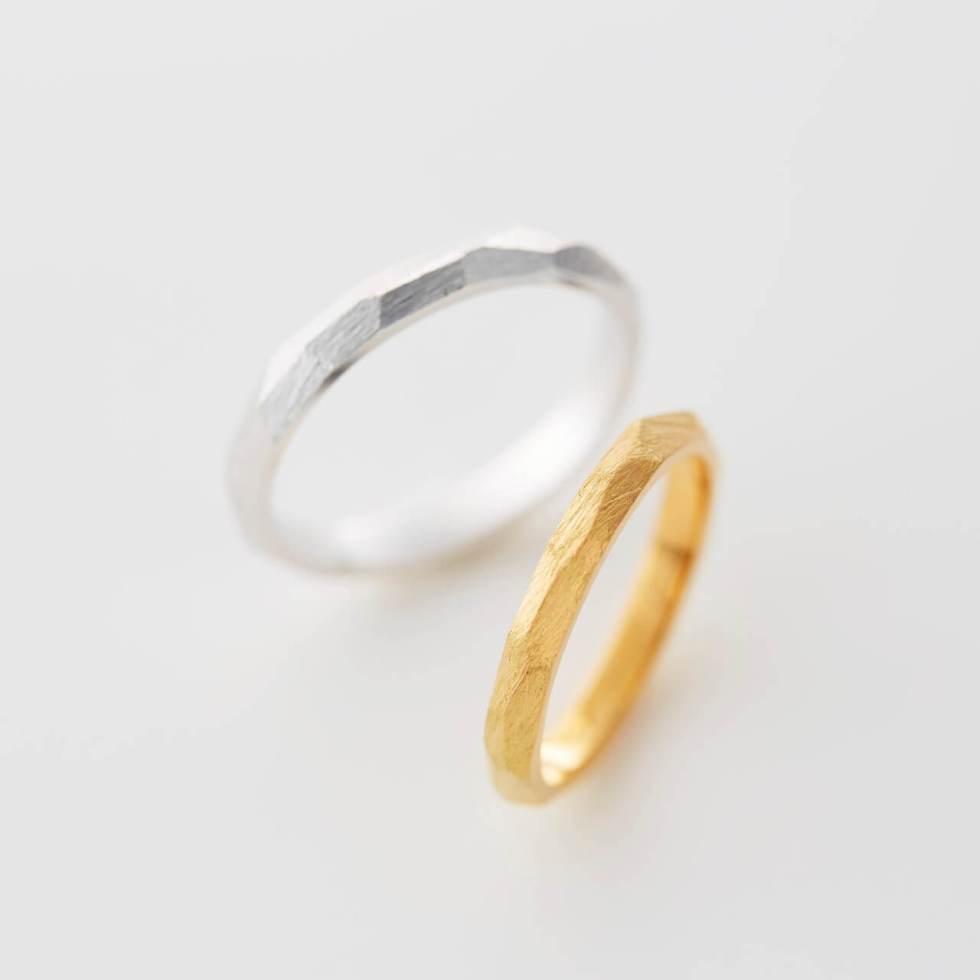 多面の形の結婚指輪