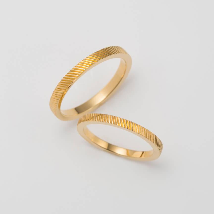 タガネ彫りの結婚指輪