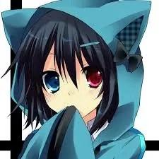 Mikoto Mikakaと言う名前のMikoto(みこと)は引きこもり時代にハマっていたオンラインゲームで使っていた名前でMikaka(みかか)はフレッツ光や電話工事をしている為パソコン通信時代に使われていたキーボードでカナ入力した変換文字です。