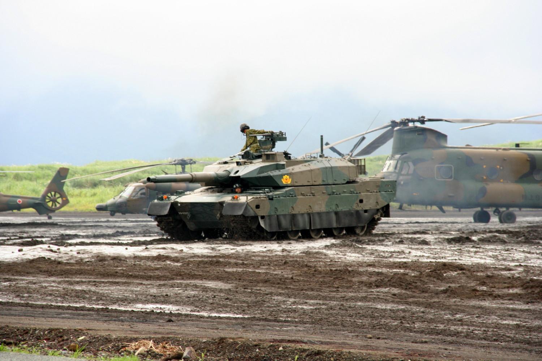 Японія збільшує військовий бюджет вперше за 10 років