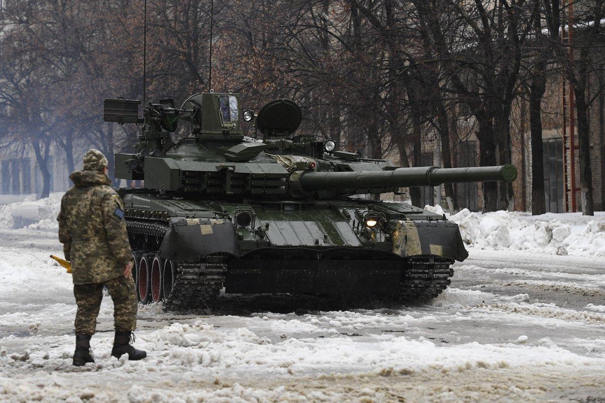 """Завод ім. В.О. Малишева підготував чергову партію танків БМ """"Оплот"""" для відправки до Таїланду."""