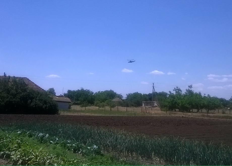 З'явилось відео порушення російським військовим вертольотом Ка-52 повітряного простору України