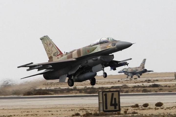 Урядові війська Асада: Ізраїль наніс авіаудар по їх позиціях
