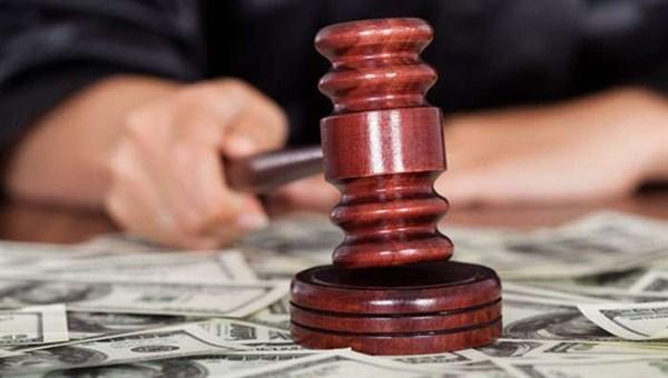 За матеріалами СБУ сім років позбавлення волі отримала за хабарництво суддя на Одещині