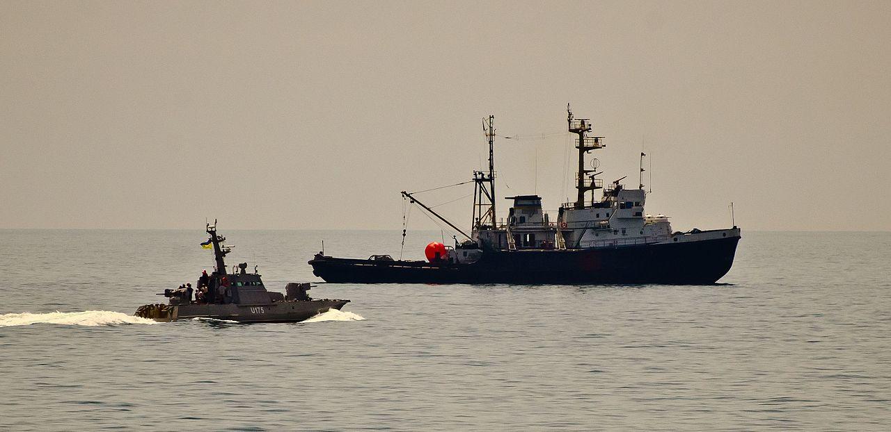 Бездоганно виконаний наказ, - Порошенко привітав українські кораблі з виходом в Азовське море - Цензор.НЕТ 248