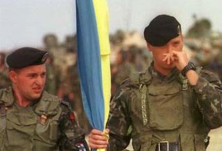 «Залізнична» сотня: морпіхи вирушили до Косово. Поїздами ФОТО