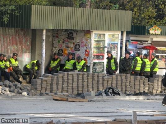 У Львові військових примушують будувати дороги безкоштовно