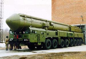 "Полк, оснащений ""Тополь-М"", заступить на чергування в 2010 році"