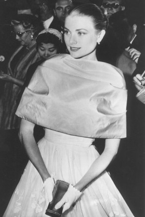 Grace-Kelly-Tatler-1nov13_pa_b_400x600