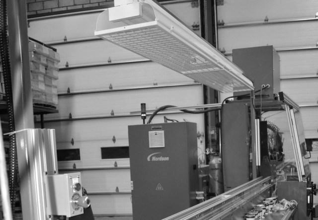 Mastic/Foam Application Machine