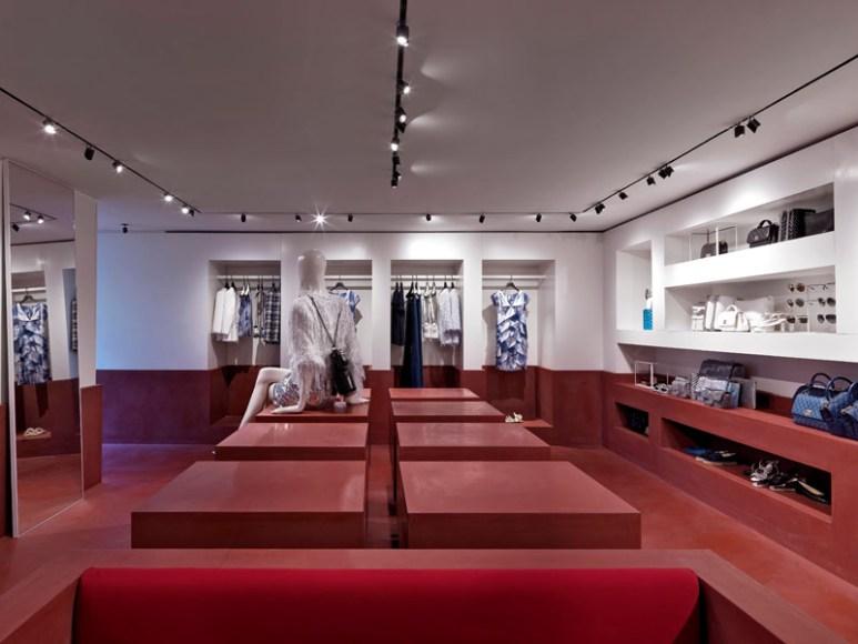 04_Boutique_Chanel_Capri2018_0010_HD