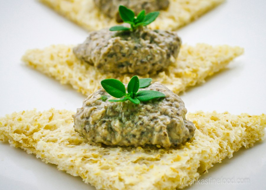 French Inspired Creamy Mushroom Pâté