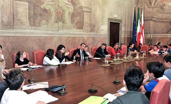 Incontro con il Garante dei Diritti per l'Infanzia e l'Adolescenza Anna Maria Caruso. Milano, 5 ottobre 2016