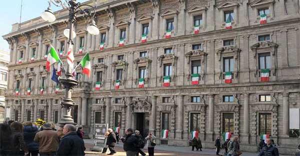 Milano, trasformazione digitale all'ufficio Anagrafe