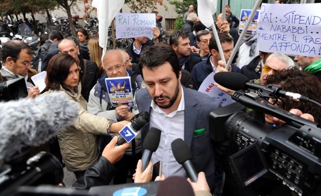 Lega Nord, un referendum per vietare i concorsi pubblici agli extracomunitari