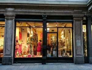 A-Z Milan Shopping Directory