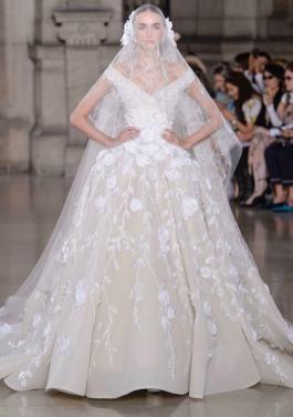 Свадебное платье с пышной юбкой Georges Hobeika Haute Couture осень-зима 2017/18