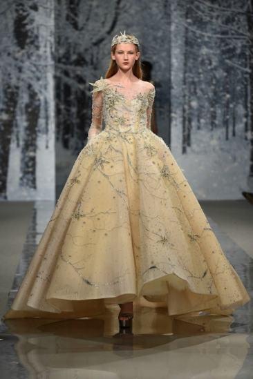 Свадебное платье с вышивкой Ziad Nakad Haute Couture 2017