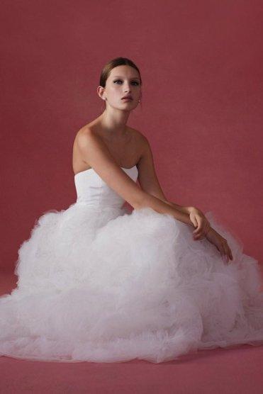 Oscar de la Renta wedding collection Fall 2016 13_601x901