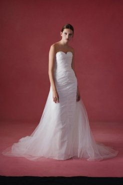 Oscar de la Renta wedding collection Fall 2016 6_601x901