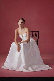 Oscar de la Renta wedding collection Fall 2016 9_601x901