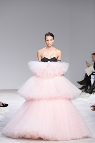 Giambattista Valli Couture 2016 wedding dress