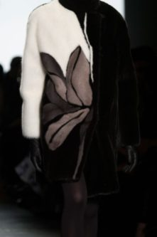 carmen-marc-valvo-fur-winter-2016-17