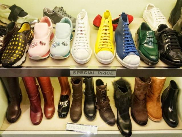 обувь Прада и Миу Миу в аутлете Милана Серравалле