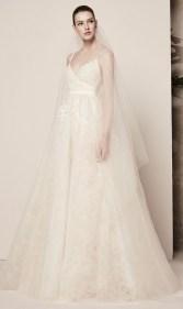 свадебное платье с широкой юдкой и вышивкой фата Elie Saab bridal 2018