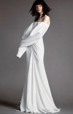 свадебное платье с ткрытыми плечами и длинными руковами Vera Wang Spring 2018