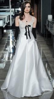 свадебное платье Reem Acra 2018