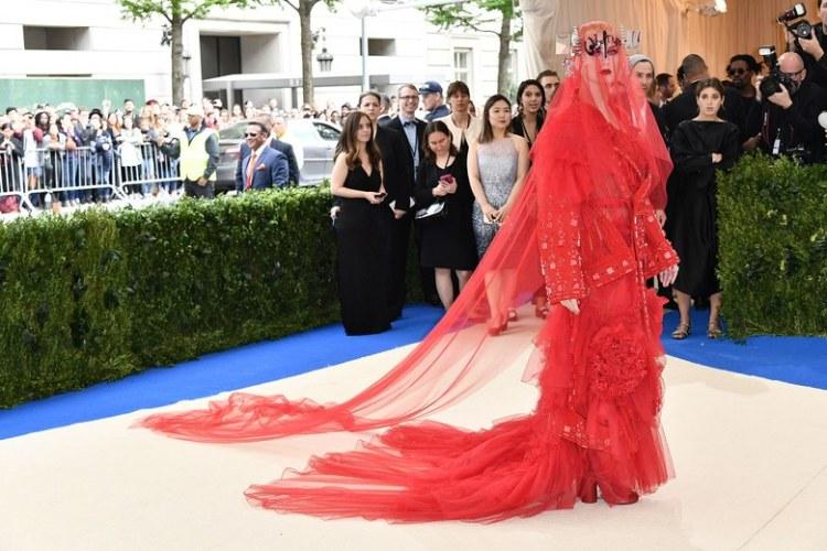 Kety Perry MET GALA 2017 red Carpet